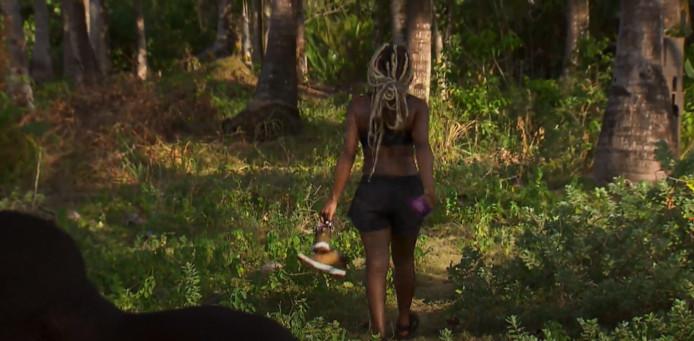 Aisha verlaat het eiland en Expeditie Robinson