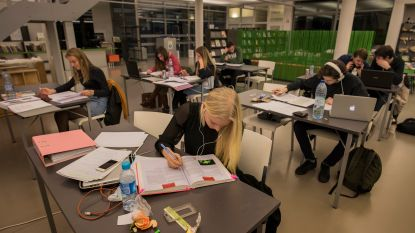 Bloksquare-light in bibliotheek De Letterbeek
