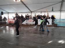 Overdekte schaatsbaan open in Zutphen
