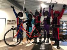 Bebo-fiets voor vroege Vriezenveense zwarte pieten