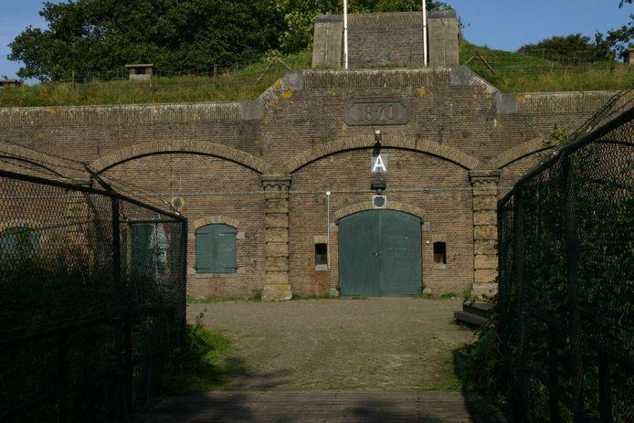 Het lekkende Wachtgebouw A op Fort Ruigenhoek.