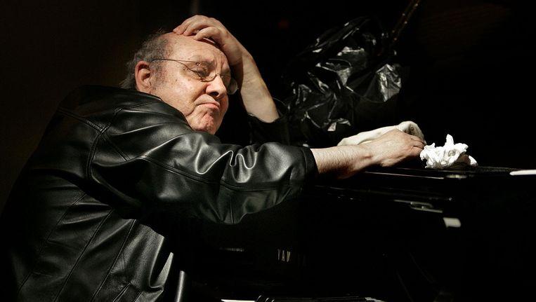 Misha Mengelberg tijdens een optreden in The Stone, een jazzclub in Manhattan in 2005. Beeld Guus Dubbelman / de Volkskrant