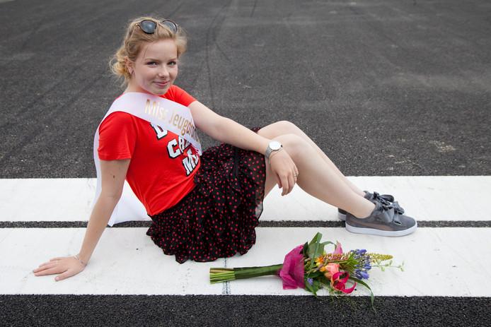 De 15-jarige Tessa Reuvers treedt op als Miss Jeugdronde 2018.