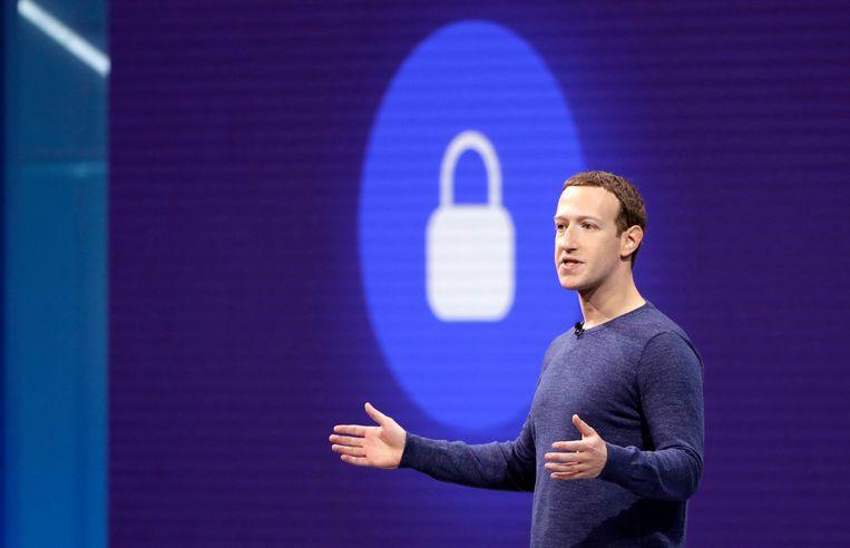 Facebook-baas Mark Zuckerberg in mei op een conferentie van Facebook.  Beeld AP