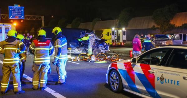 Hendrik-Ido-Ambacht - Vijftien maanden oud jongetje overleden na ongeval A16.