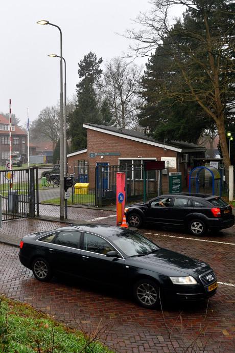 Gemeenteraad verkeerd geïnformeerd: Defensie voelde wél voor andere ingang Bernhardkazerne