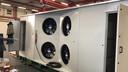"""De stikstofzuiger is een box met grote ventilatoren. ,,We zuigen lucht aan door de ventilatoren hard te laten draaien. Vervolgens wordt de lucht door een filter geleid die de stikstof uit de lucht haalt."""""""