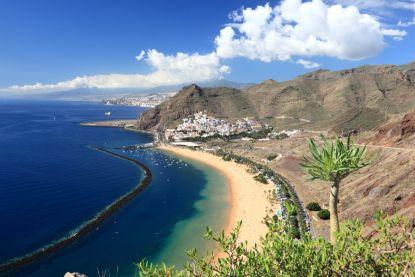 Ontsnapte bajesklant is Tenerife na 10 jaar beu, wil terug naar Oostenrijkse cel