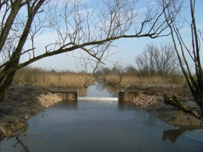 Een van de in totaal 1.850 stuwen in het werkgebied van het Waterschap Rijn en IJssel.