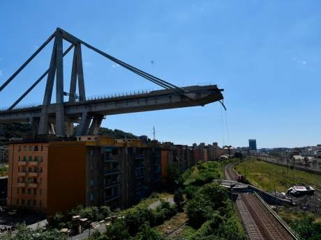 Het zwartepieten over schuldvraag brugramp Genua is begonnen