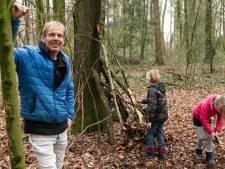 Hutten bouwen bij de bijzondere buitenschoolse opvang 'Buiten Zijn' in Hengelo