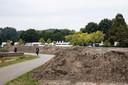 De wal van zand bij het Goorlooppark in Helmond.