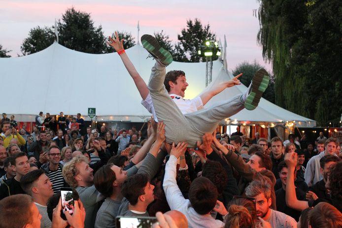 Skydiven op het Herbakkersfestival, vorig jaar voor het eerst in het park.