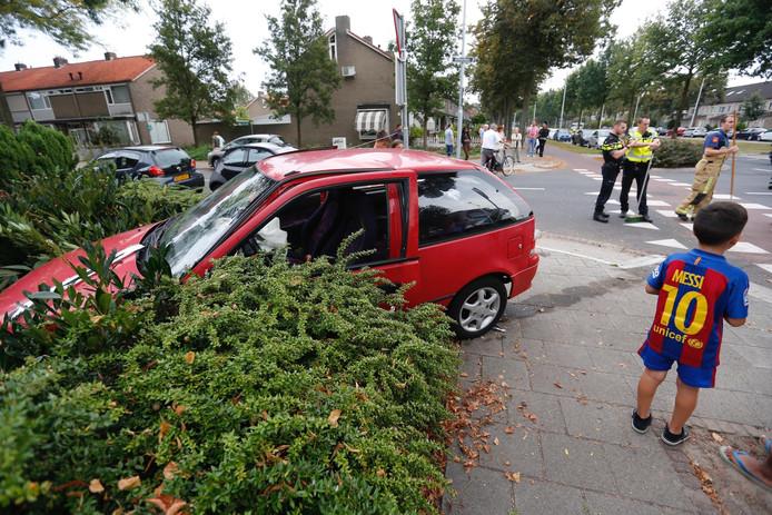 Botsing op de kruising van de Barrierweg en de Doctor Berlagelaan in Eindhoven.