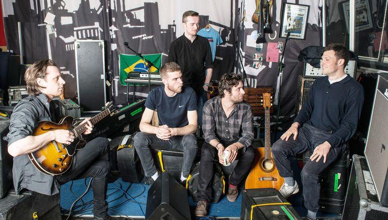 De bandleden van The Maccabees in hun Zuid-Londense Elephant studio. Beeld Evening Standard / eyevine