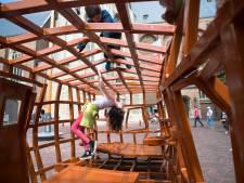 Middelburg stelt besluit aankoop kunstwerk Joep van Lieshout uit