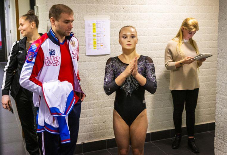 De Russische Angelina Melnikova voor het begin van de wedstrijd  Beeld Jiri Buller