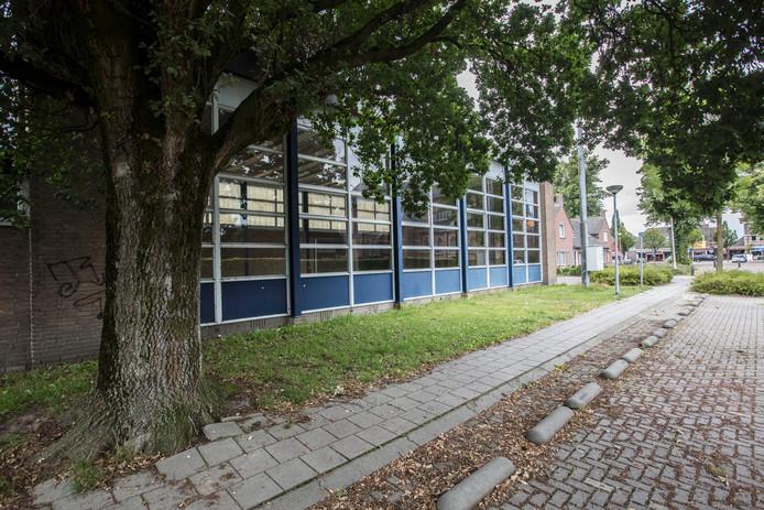 Gymzaal Zeilberg is in slechte staat en werd gesloten.