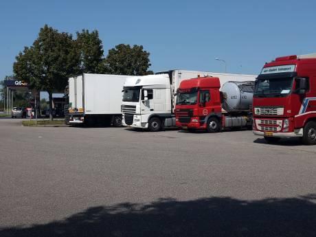 Aanpak carpoolplek Duiven moet einde maken aan truckchauffeurs die illegaal parkeren