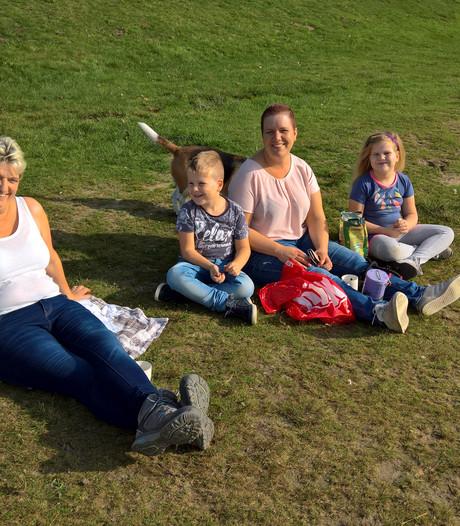 Zonnestralen in West-Brabant: 'Lekker he, met zulk soort weer aan de pepernoten?'