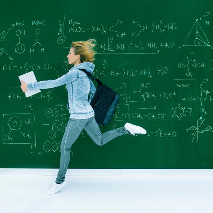Numerus fixus is een manier waarop universiteiten de rem zetten op het aantal studenten bij een bepaalde studie.