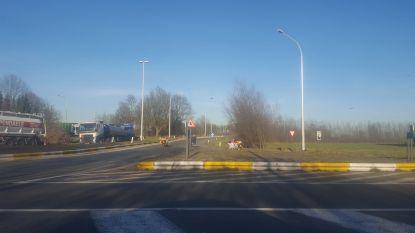 Snelweg R4-Oost Gent opnieuw vrij na aanrijding seinbrug