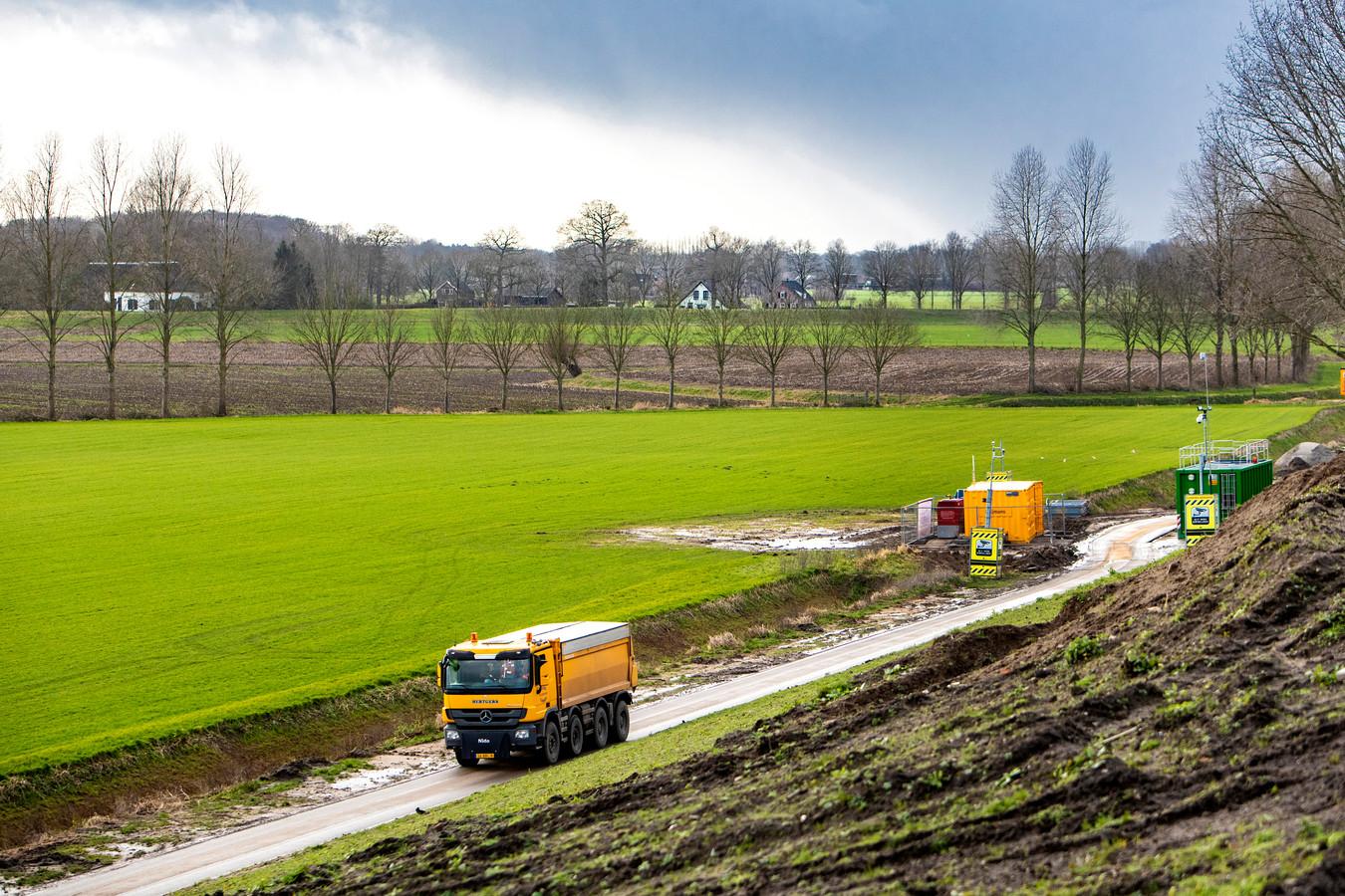 De vindplaats van de V1, op Deventer grondgebied, blijkt uiteindelijk vooral gevolgen te hebben voor dorp Wilp, in de gemeente Voorst. Honderden mensen moeten daar tijdens de ruiming een dag hun huis uit.