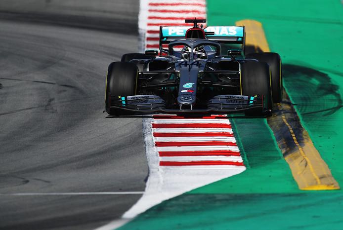 Lewis Hamilton op het Circuit de Barcelona-Catalunya.