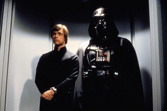 Beeld uit Star Wars The Return of the Jedi: Luke Skywalker & Darth Vader