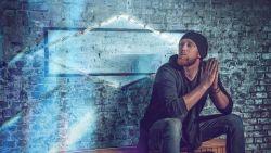'The Voice'-kandidaat Yoeri brengt twee jaar na deelname zijn debuutsingle uit