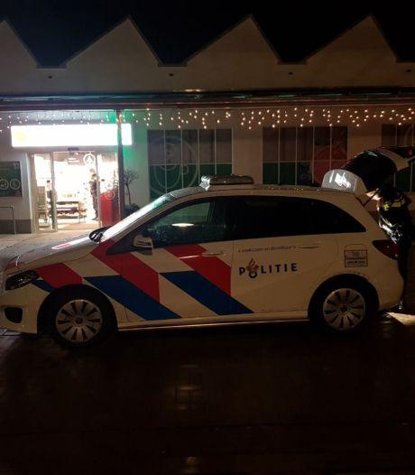 Man probeert Spar in Bredevoort te overvallen en wordt gepakt door politie