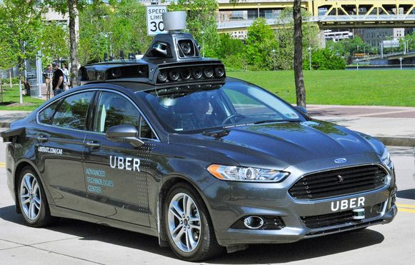 Een van de zelfrijdende auto's waar Uber mee test in de VS.