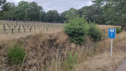 Drie onbekende Duitse soldaten begraven op Duitse militaire begraafplaats