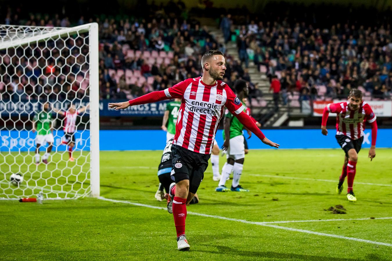 Bart Ramselaar in actie namens (Jong) PSV.