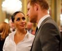 Terwijl Harry al volop droomde van zijn toekomst, liet de rest van de koninklijke familie luidop blijken dat ze achterdochtig was.