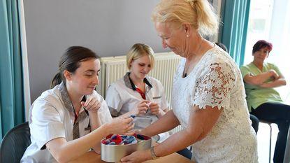 Okra beloont zorgmedewerkers rusthuis