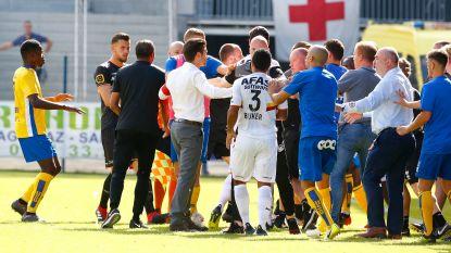 KV Mechelen en Union krijgen 5.000 euro boete voor knokpartij, morgen individuele straffen - Vanderbiest ontkent racistische uitlatingen