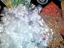 Grote hoeveelheid coke en xtc aangetroffen in kruipruimte van Rotterdamse woning