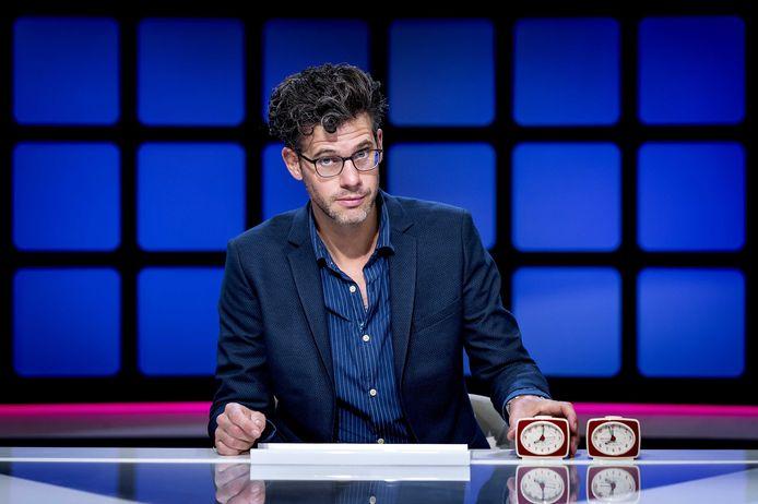 Erik Dijkstra, de nieuwe presentator van kennisquiz Per Seconde Wijzer.