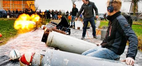 Is carbidschieten hét legale alternatief voor deze vuurwerkloze jaarwisseling?