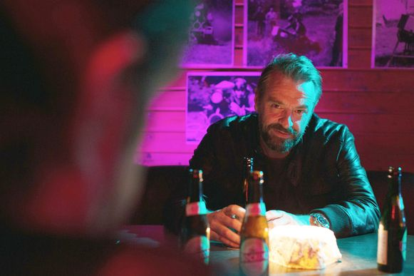 Tom Waes - die ook te zien is in seizoen twee van 'Undercover' - zoekt het net als...