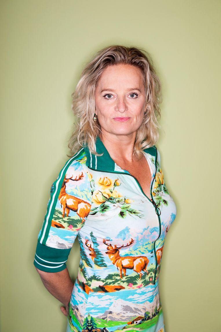 Martine Sandifort: 'Er waren ook periodes dat ik niet dronk, ging ik detoxen, maar daarna toch weer toxen.' Beeld Martijn Gijsbertsen
