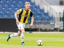 Ook zonder speeltijd geniet Clark bij Vitesse
