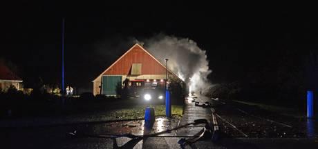 Brandweer rukt uit voor schuurbrand in Dronten