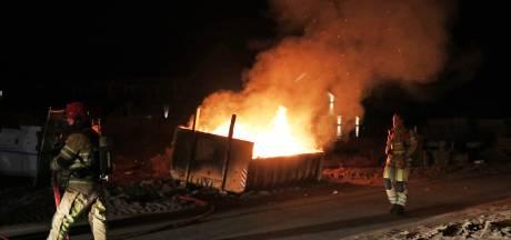 Jongen (17) opgepakt voor branden op Urk
