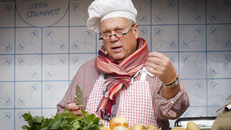 Topkok Joop Braakhekke kookt stamppot Beeld ANP