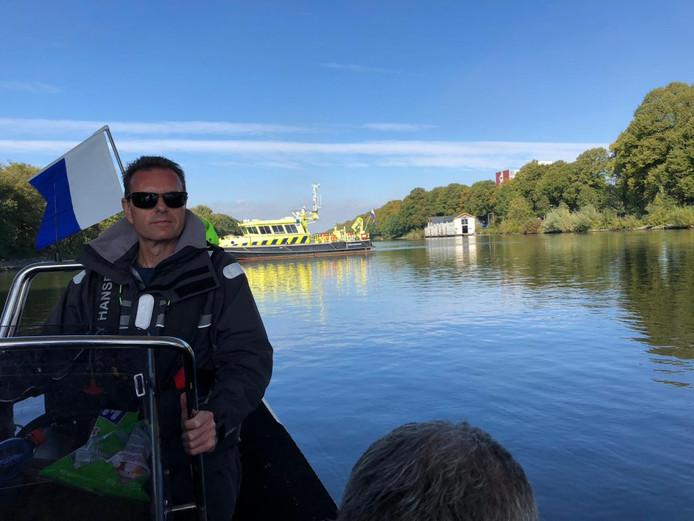 De zoekactie naar Jolanda Meijer in het Maas-Waalkanaal.