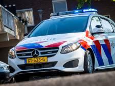 Auto's zwaar beschadigd door brand in Hilversum