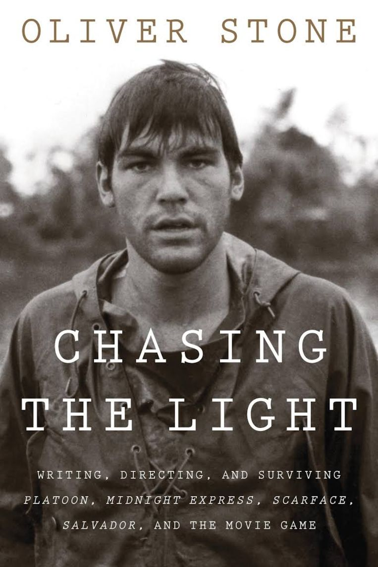Oliver Stone - Chasing The Light Beeld Octopus Publishing Group