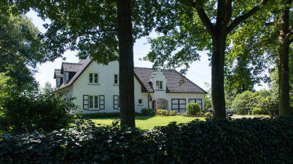 Drie gemaskerde en gewapende mannen vallen woning binnen in Zandhoven: slachtoffer overgoten met zuur en benzine